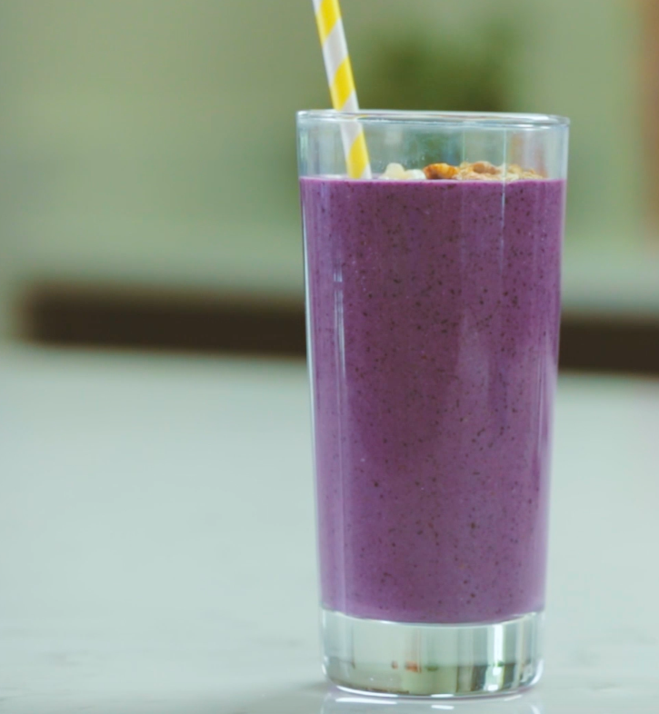 Kid-Friendly Wild Blueberry & Kefir Breakfast Smoothie Picture